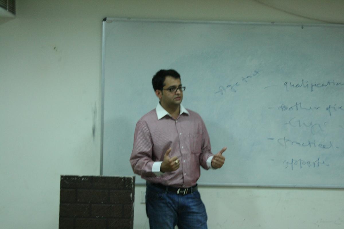 Seminar by Anchor Praveen Ji Tiwari