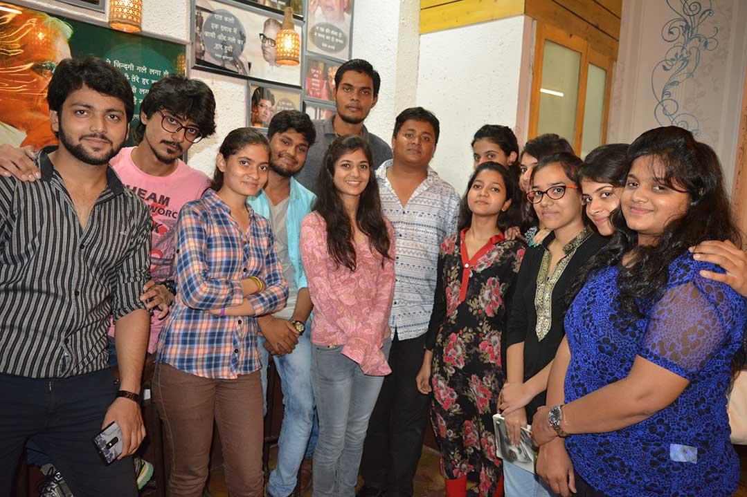 Visit to Akshar's Poetic lounge